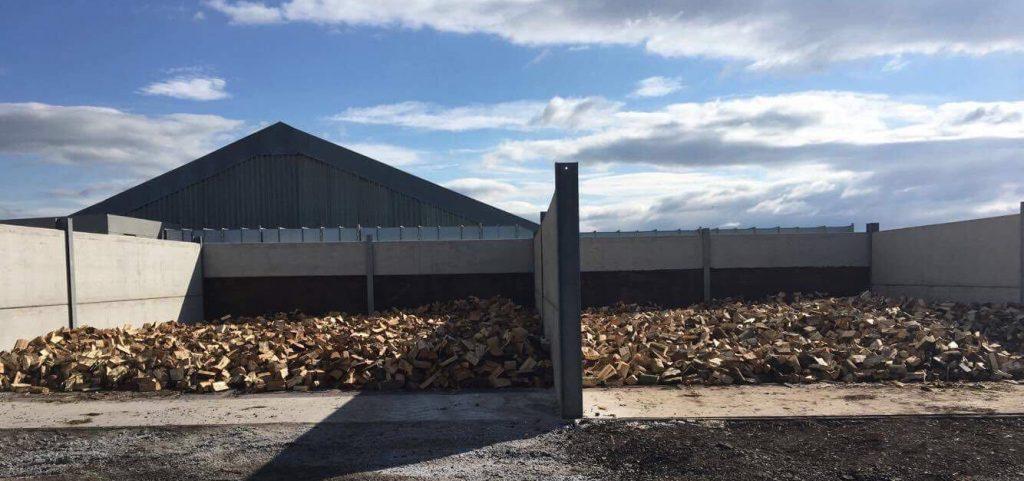 Deliveries - L A Kiln Dried Logs, Barrow-in-Furness